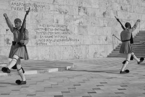 Syntagma Soldiers BW SZP.jpg