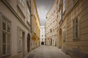 Echoes-of-Mozart--Colour--SZP-JK.jpg